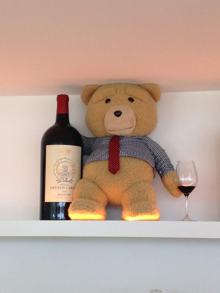 Teddy bear et son vin